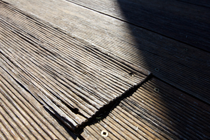 bamboo-decking-deck-failure-issues-problems-installation-evoca-sharkstooth-01