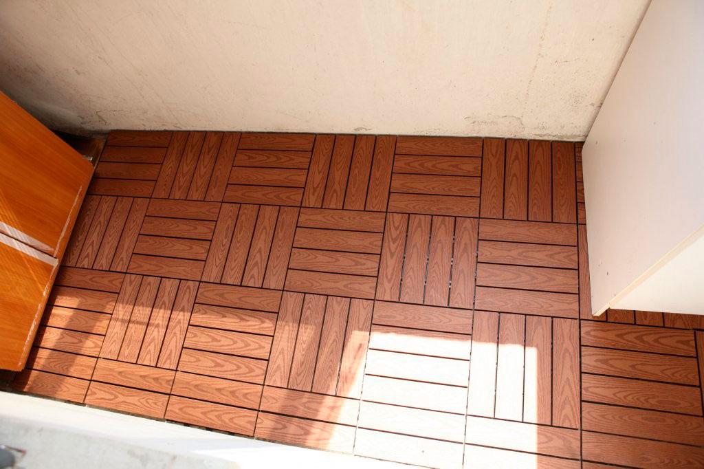 Современные полы на балконе.